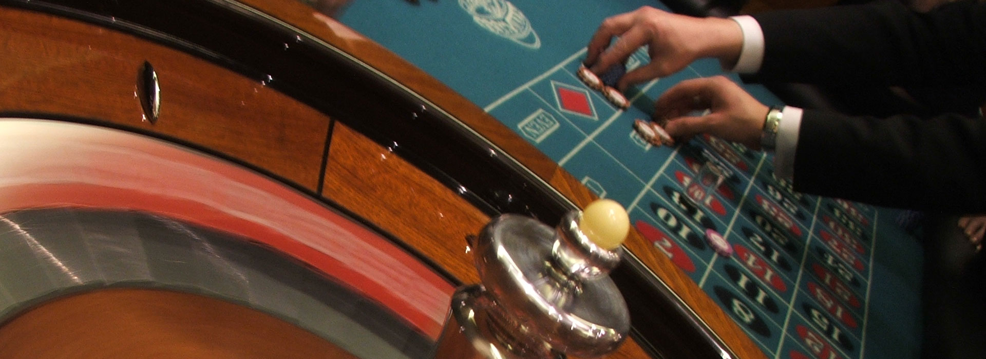 Playing online roulette for a living